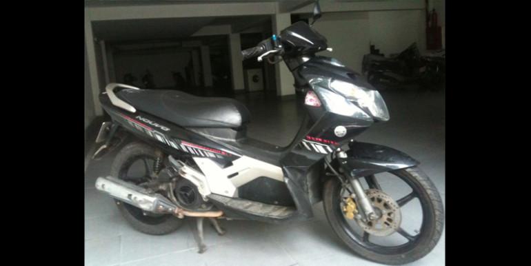 Yamaha-Nouvo-black-1